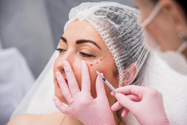Women getting facial injections brisbane